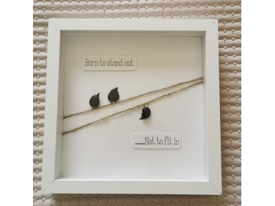 Pebble Art Picture / Born to stand out
